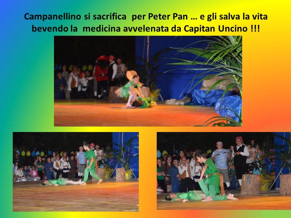 Campanellino si sacrifica per Peter Pan … e gli salva la vita bevendo la medicina avvelenata da Capitan Uncino !!!
