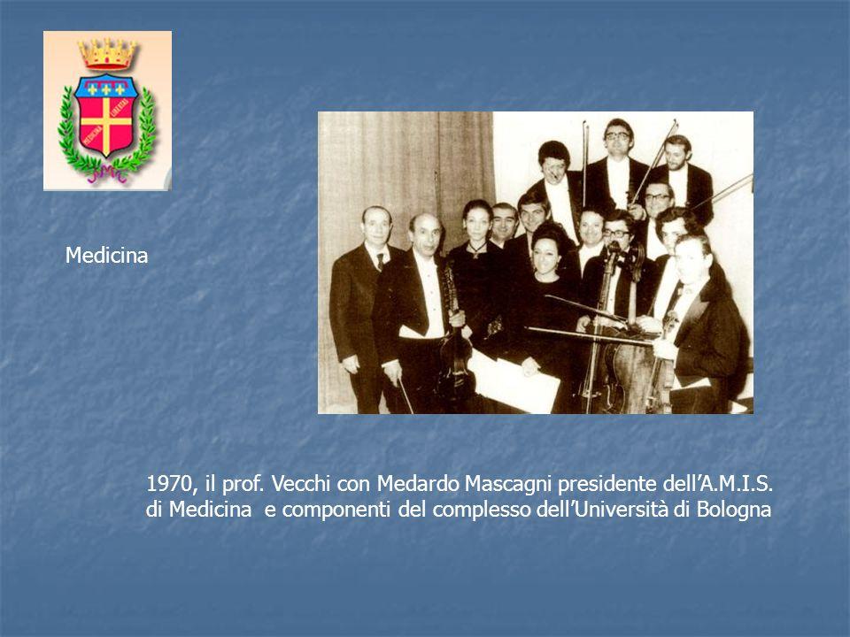 Medicina 1970, il prof. Vecchi con Medardo Mascagni presidente dell'A.M.I.S.