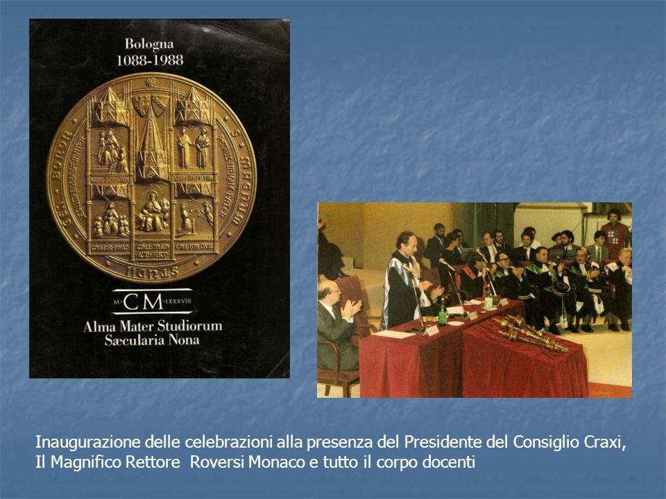 Inaugurazione delle celebrazioni alla presenza del Presidente del Consiglio Craxi, Il Magnifico Rettore Roversi Monaco e tutto il corpo docenti