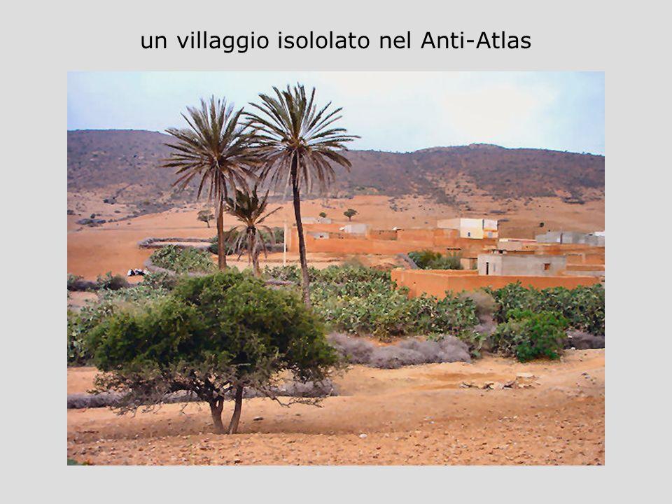 un villaggio isololato nel Anti-Atlas