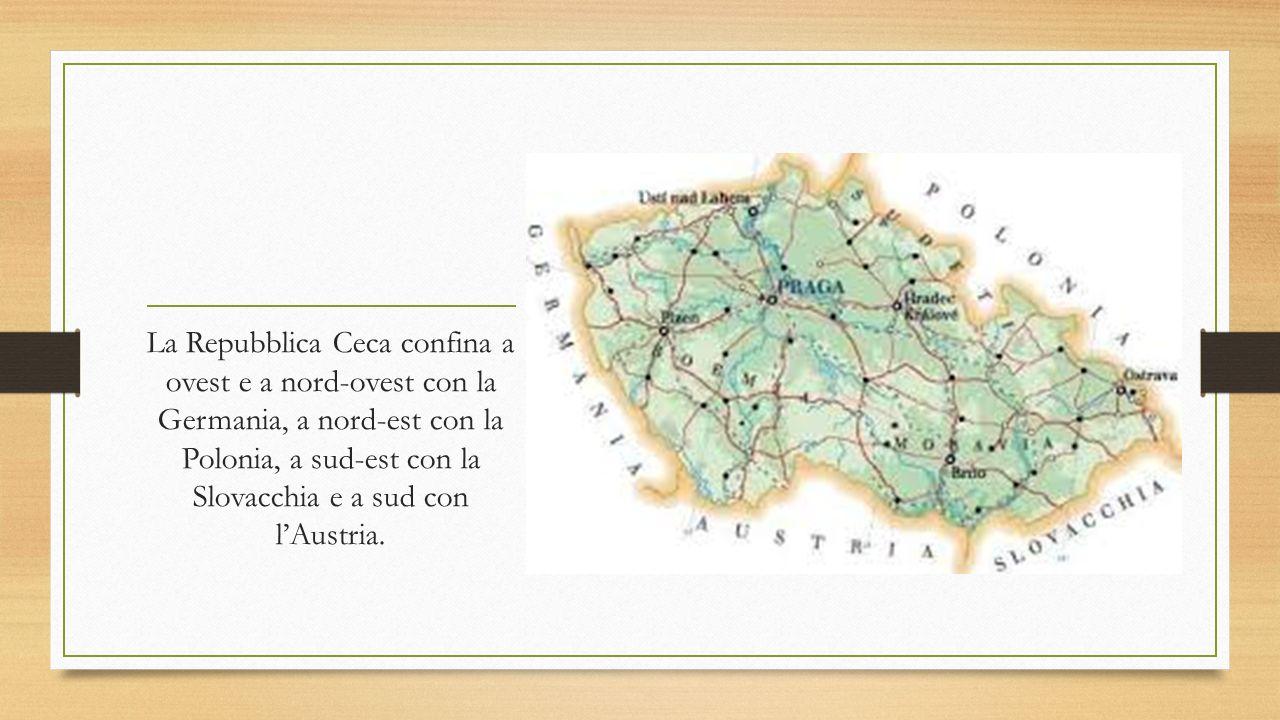 La Repubblica Ceca confina a ovest e a nord-ovest con la Germania, a nord-est con la Polonia, a sud-est con la Slovacchia e a sud con l'Austria.