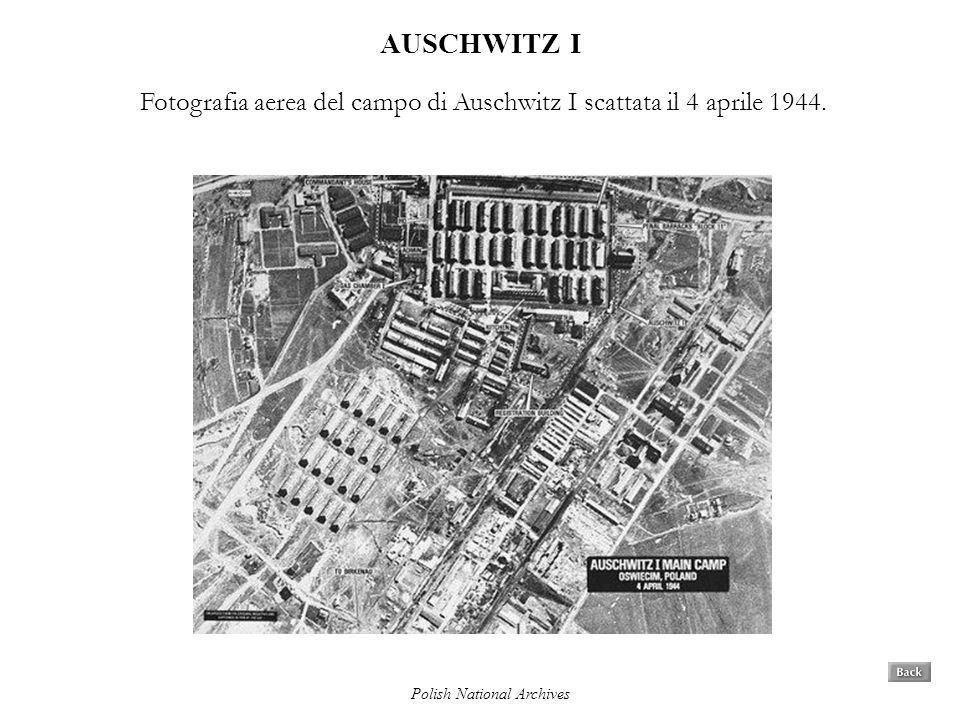 AUSCHWITZ I Fotografia aerea del campo di Auschwitz I scattata il 4 aprile 1944.