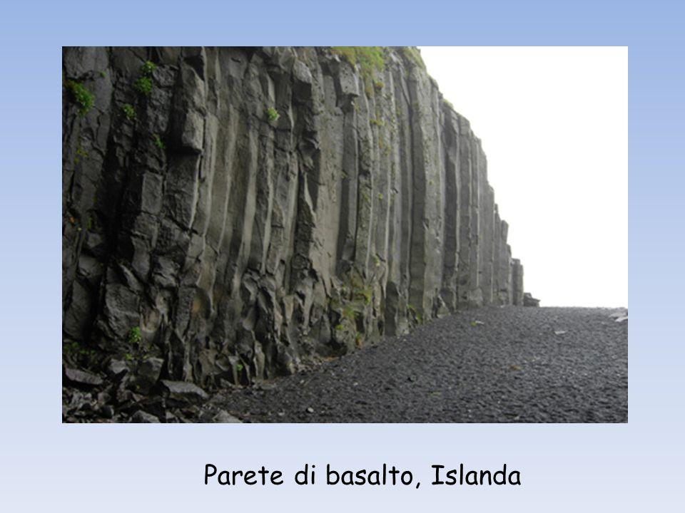 Parete di basalto, Islanda