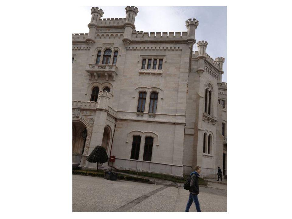 Il castello è citato in una poesia del Carducci: Miramare, a le tue bianche torri /attediate per lo ciel piovorno /fosche con volo di sinistri augelli /vengon le nubi.