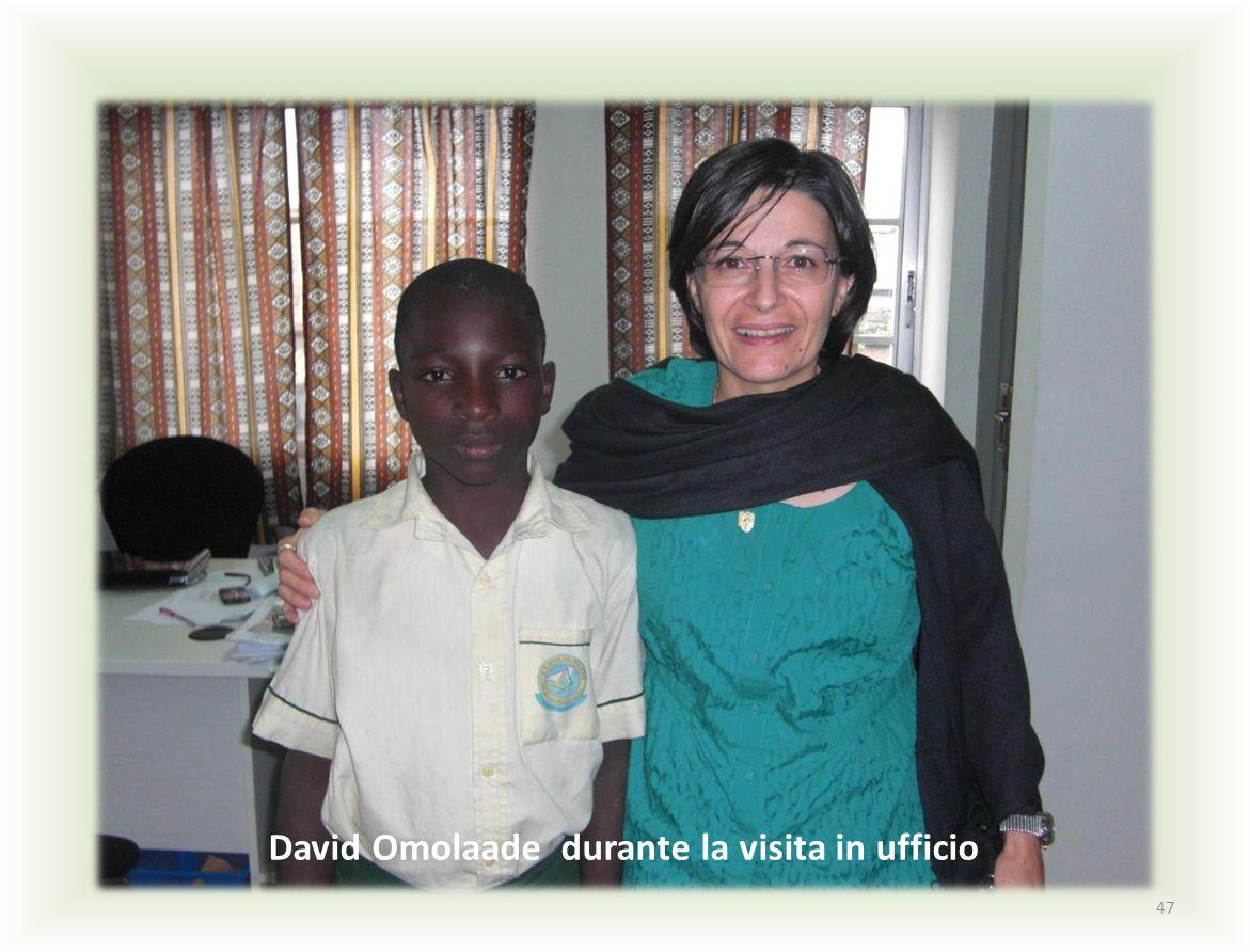 David Omolaade durante la visita in ufficio