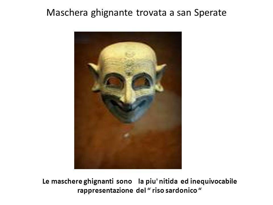 Maschera ghignante trovata a san Sperate