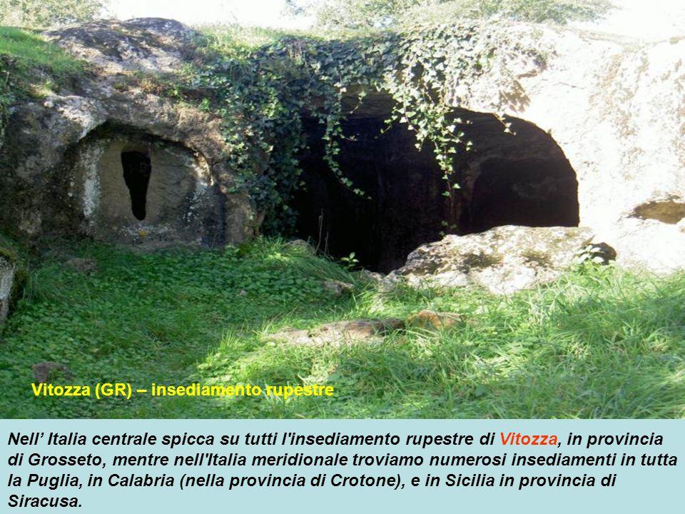 Vitozza (GR) – insediamento rupestre