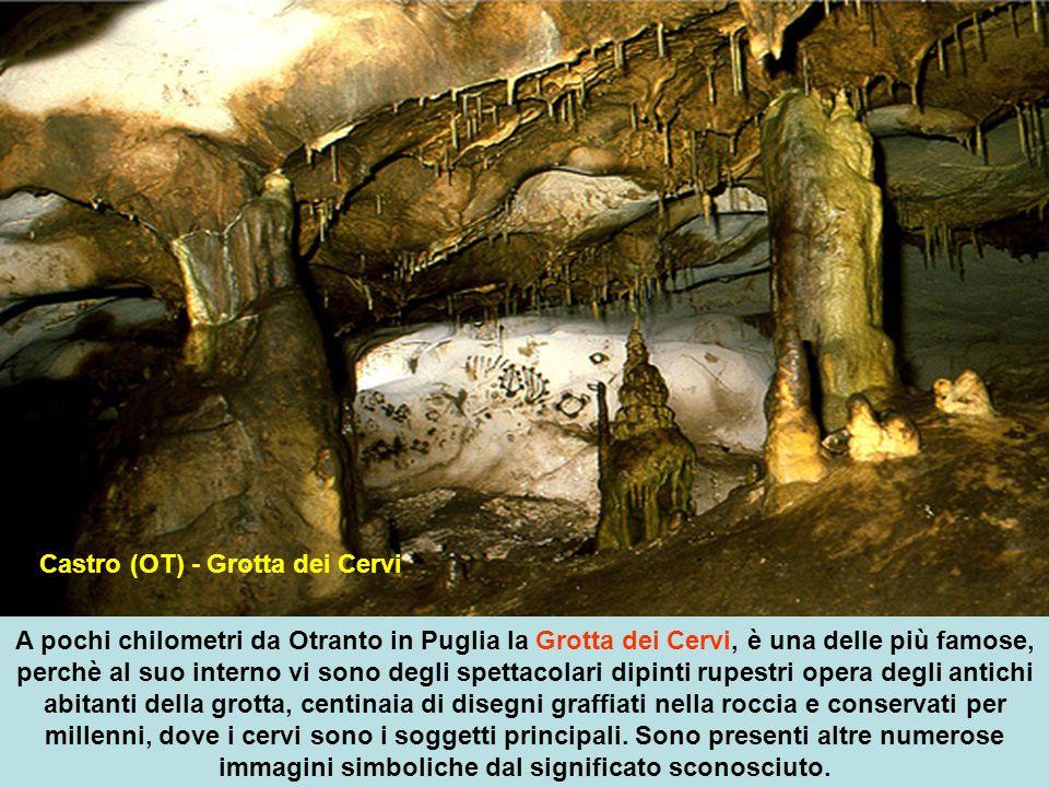 Castro (OT) - Grotta dei Cervi