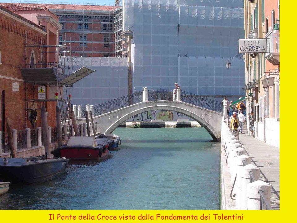 Il Ponte della Croce visto dalla Fondamenta dei Tolentini