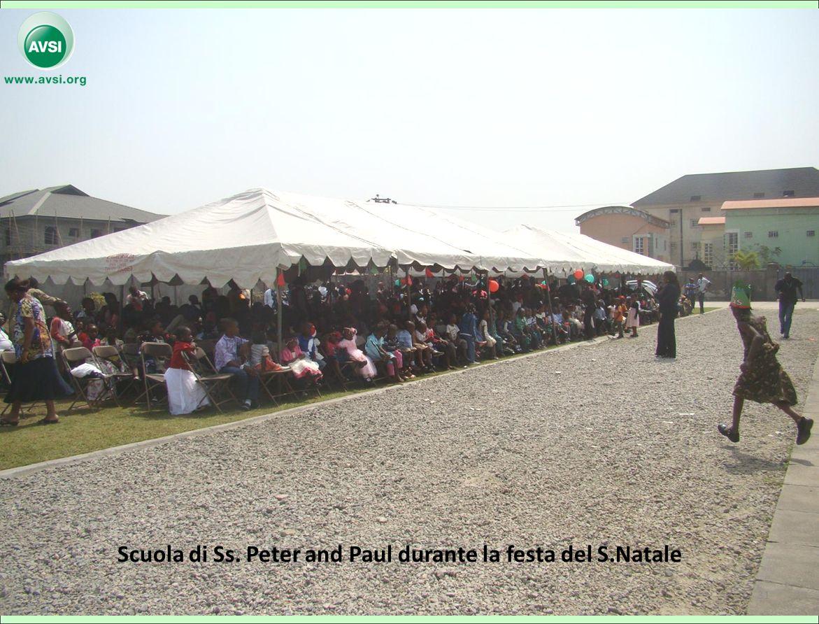 Scuola di Ss. Peter and Paul durante la festa del S.Natale