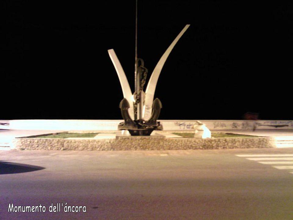 Monumento dell áncora
