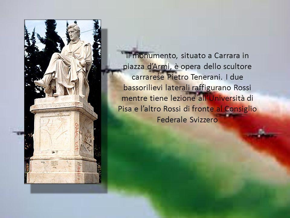 Il monumento, situato a Carrara in piazza d'Armi, è opera dello scultore carrarese Pietro Tenerani.