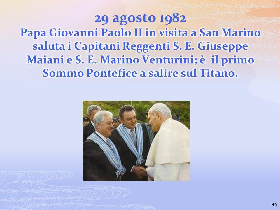 29 agosto 1982 Papa Giovanni Paolo II in visita a San Marino saluta i Capitani Reggenti S.