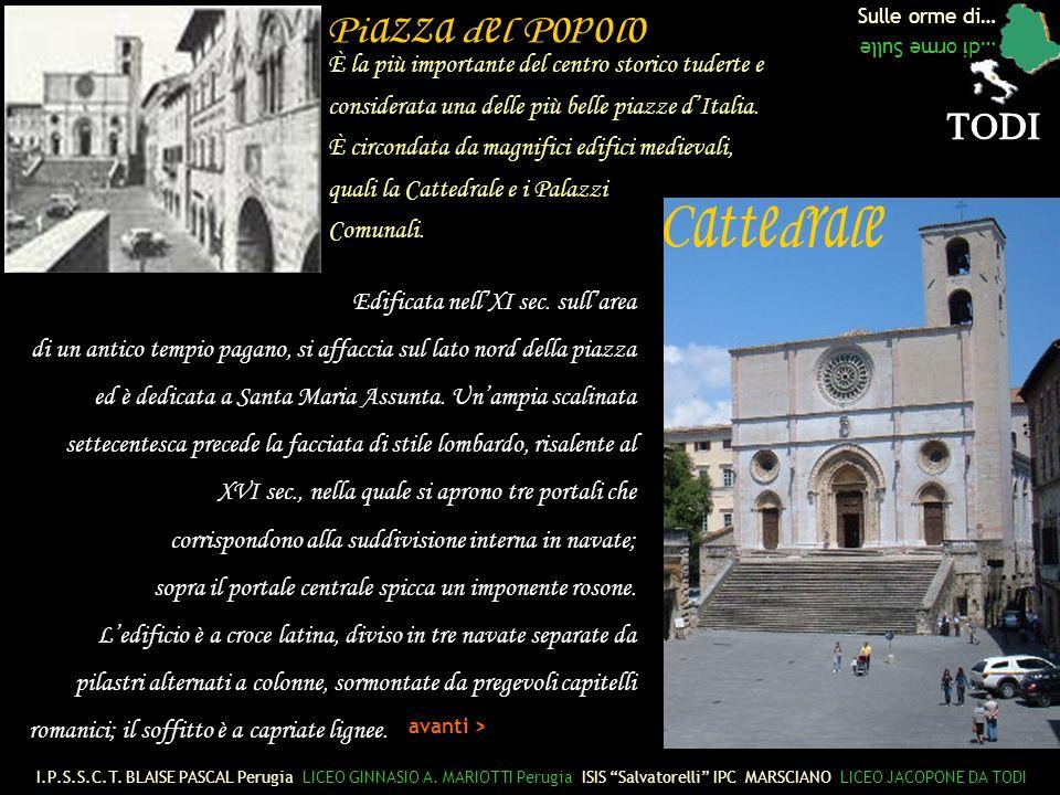 Piazza del Popolo TODI Cattedrale