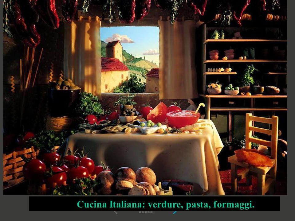 Cucina Italiana: verdure, pasta, formaggi.