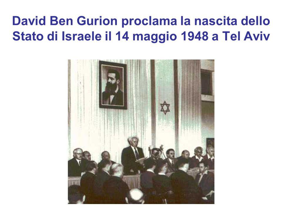 David Ben Gurion proclama la nascita dello Stato di Israele il 14 maggio 1948 a Tel Aviv