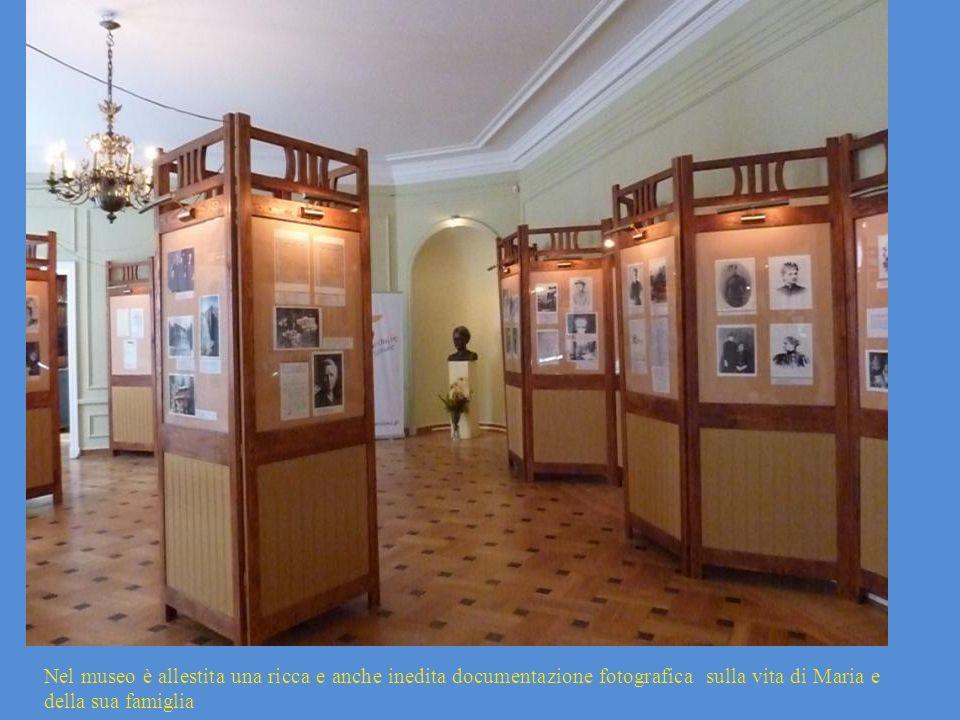 Nel museo è allestita una ricca e anche inedita documentazione fotografica sulla vita di Maria e della sua famiglia