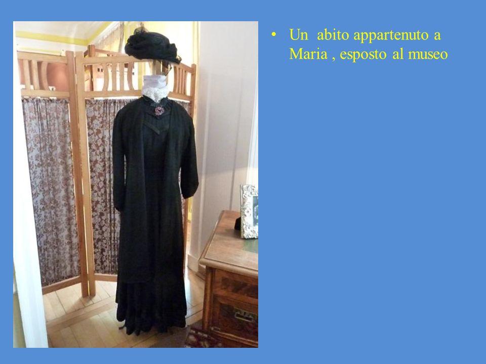 Un abito appartenuto a Maria , esposto al museo