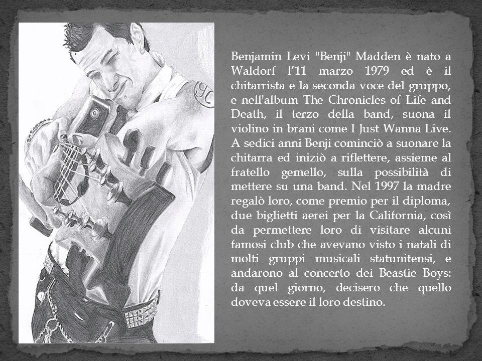 Benjamin Levi Benji Madden è nato a Waldorf l'11 marzo 1979 ed è il chitarrista e la seconda voce del gruppo, e nell album The Chronicles of Life and Death, il terzo della band, suona il violino in brani come I Just Wanna Live.
