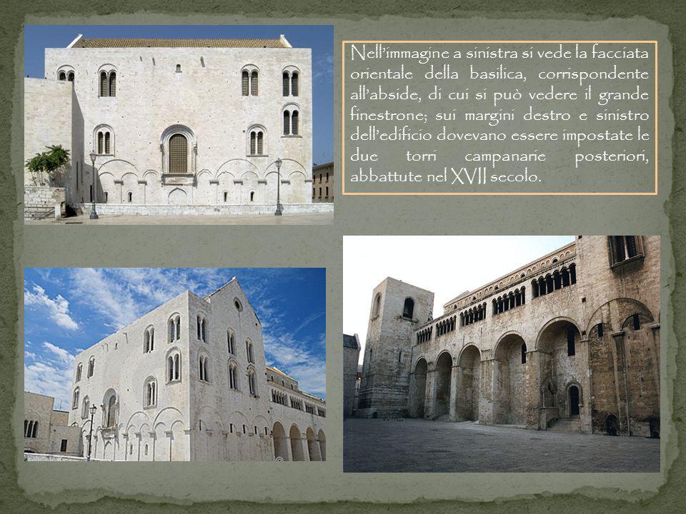Nell'immagine a sinistra si vede la facciata orientale della basilica, corrispondente all'abside, di cui si può vedere il grande finestrone; sui margini destro e sinistro dell'edificio dovevano essere impostate le due torri campanarie posteriori, abbattute nel XVII secolo.