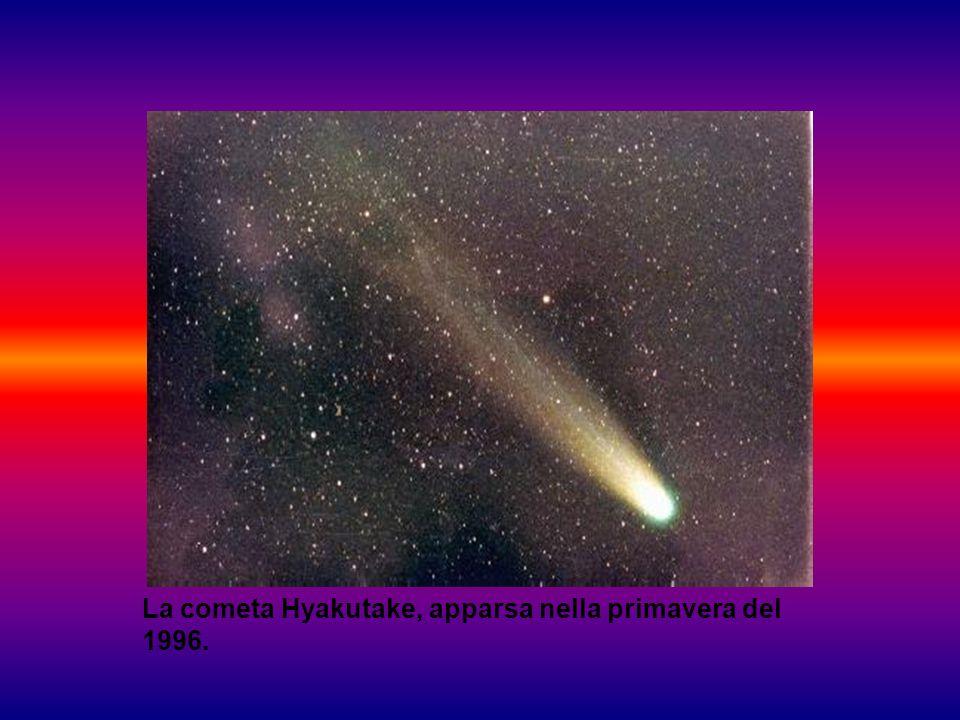 La cometa Hyakutake, apparsa nella primavera del 1996.