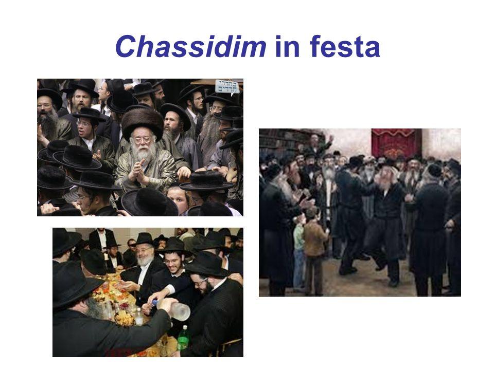 Chassidim in festa