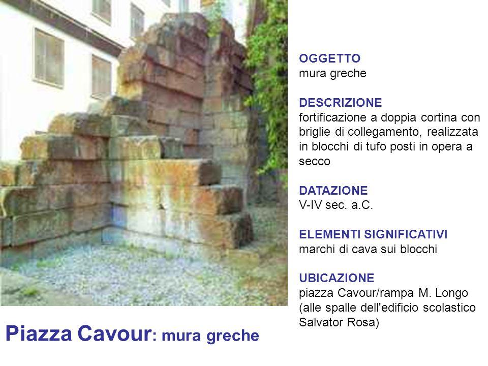 Piazza Cavour: mura greche