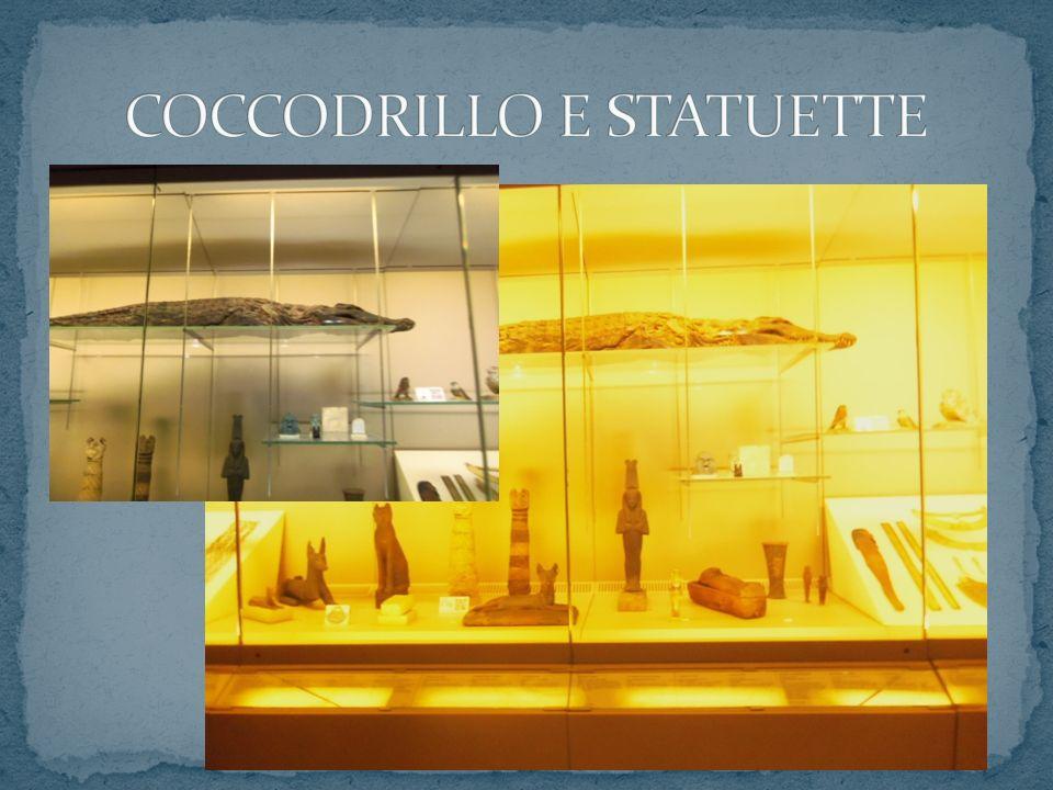 COCCODRILLO E STATUETTE