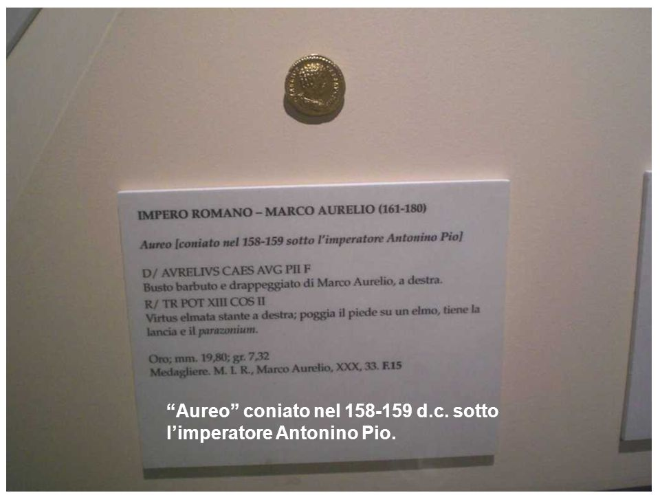 Aureo coniato nel 158-159 d.c. sotto l'imperatore Antonino Pio.