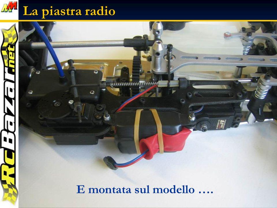 Ecco la piastra radio completa con anche il pacco batteria …