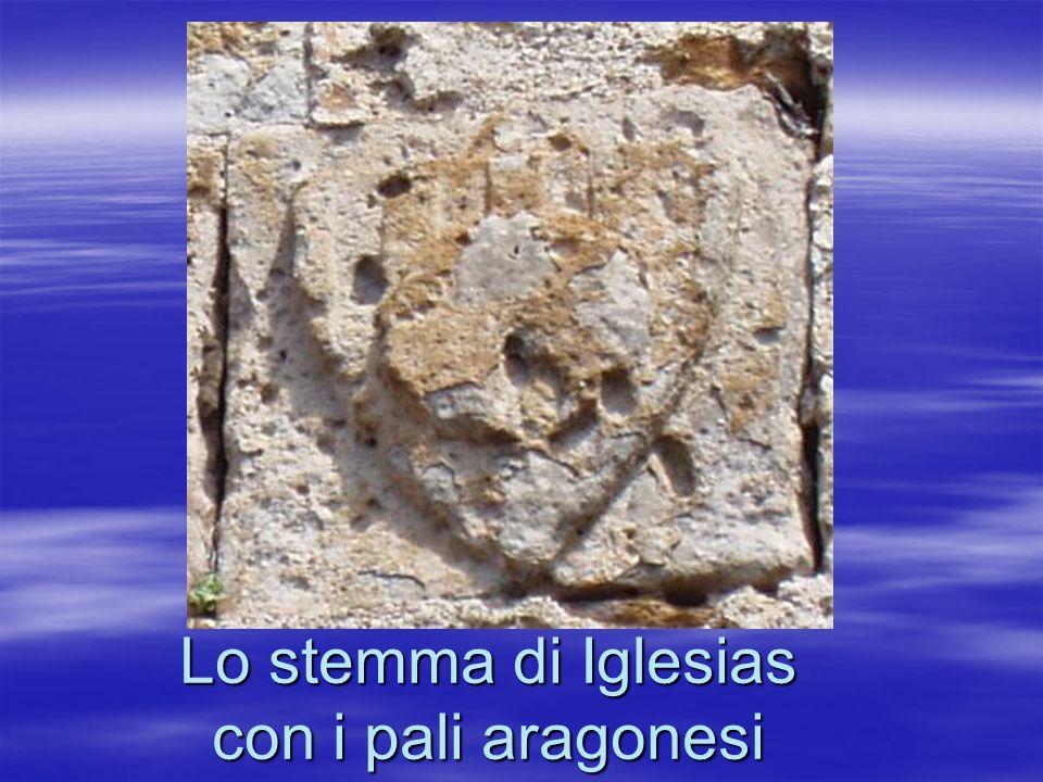 Lo stemma di Iglesias con i pali aragonesi