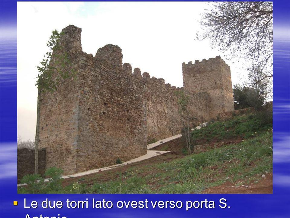 Le due torri lato ovest verso porta S. Antonio
