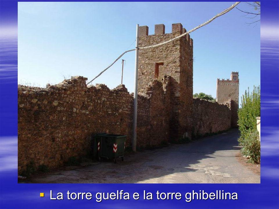 La torre guelfa e la torre ghibellina