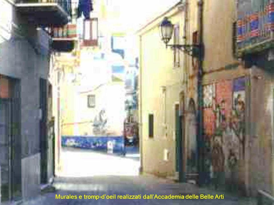 Murales e tromp-d'oeil realizzati dall'Accademia delle Belle Arti