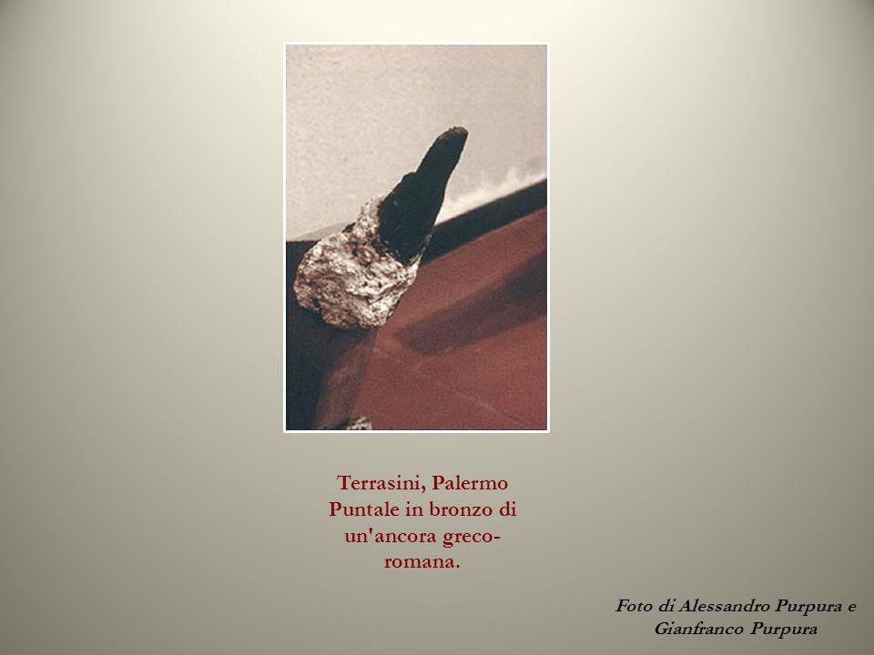 Terrasini, Palermo Puntale in bronzo di un ancora greco-romana.