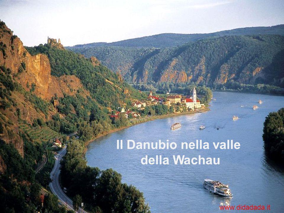Il Danubio nella valle della Wachau