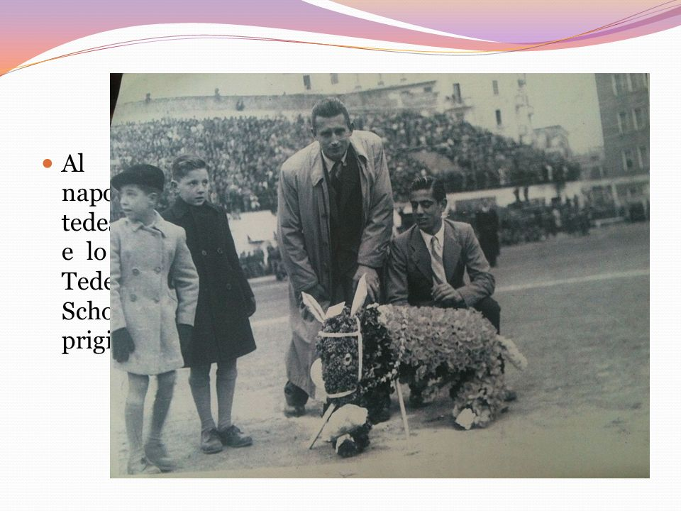 Al Vomero, nel Campo Sportivo, cinquanta napoletani furono presi come ostaggi dai soldati tedeschi.