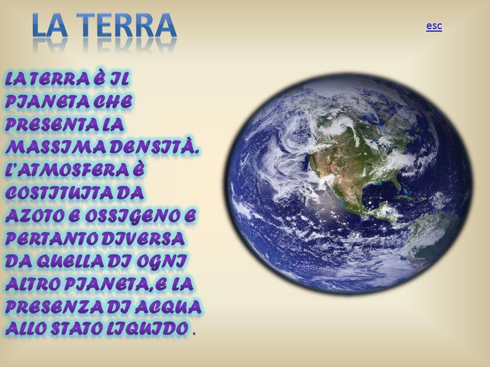 La terra La terra è il pianeta che presenta la massima densità.