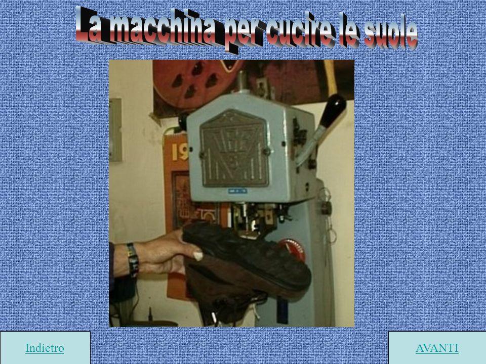 La macchina per cucire le suole