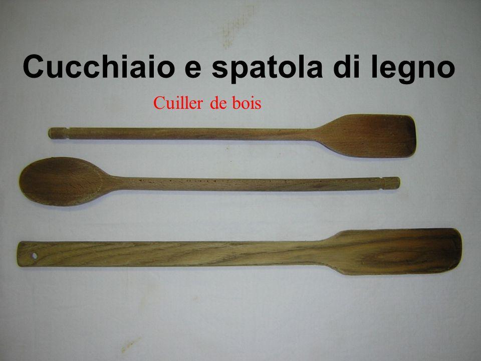 Cucchiaio e spatola di legno