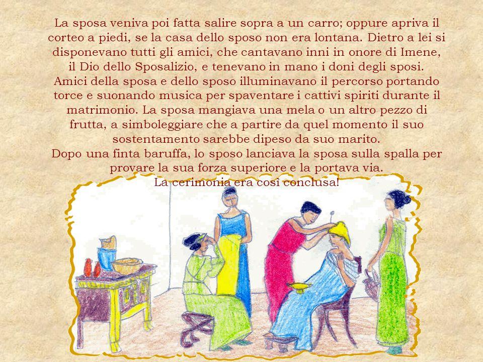 La sposa veniva poi fatta salire sopra a un carro; oppure apriva il corteo a piedi, se la casa dello sposo non era lontana.