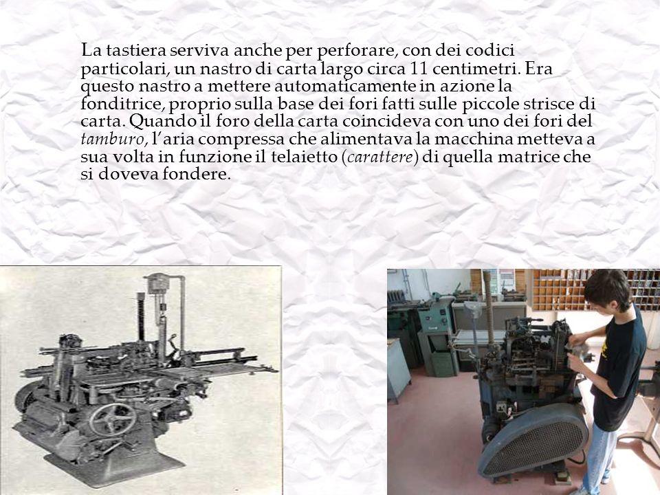 La tastiera serviva anche per perforare, con dei codici particolari, un nastro di carta largo circa 11 centimetri.