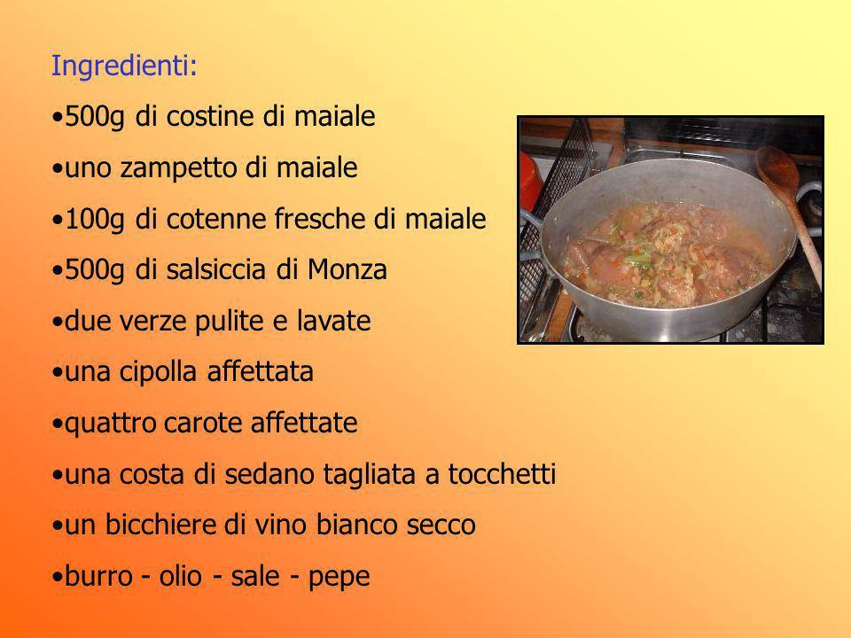 Ingredienti: 500g di costine di maiale. uno zampetto di maiale. 100g di cotenne fresche di maiale.