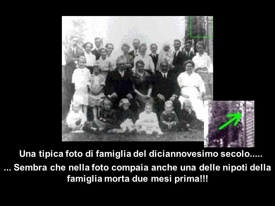 Una tipica foto di famiglia del diciannovesimo secolo.....
