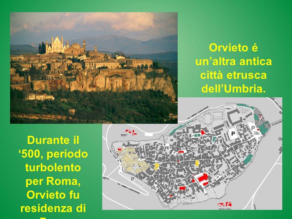 Orvieto é un'altra antica città etrusca dell'Umbria.