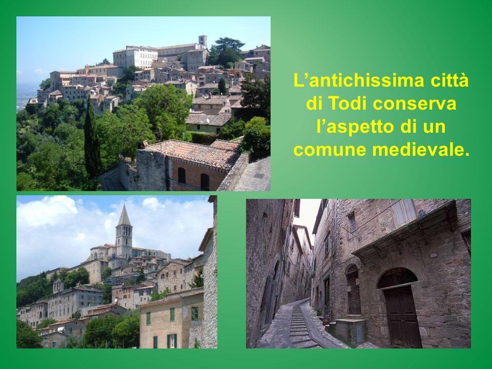 L'antichissima città di Todi conserva l'aspetto di un comune medievale.