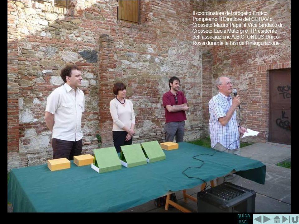 Il coordinatore del progetto Enrico Pompeano, il Direttore del CEDAV di Grosseto Mauro Papa, il Vice Sindaco di Grosseto Lucia Matergi e il Presidente dell'associazione A.B.C.