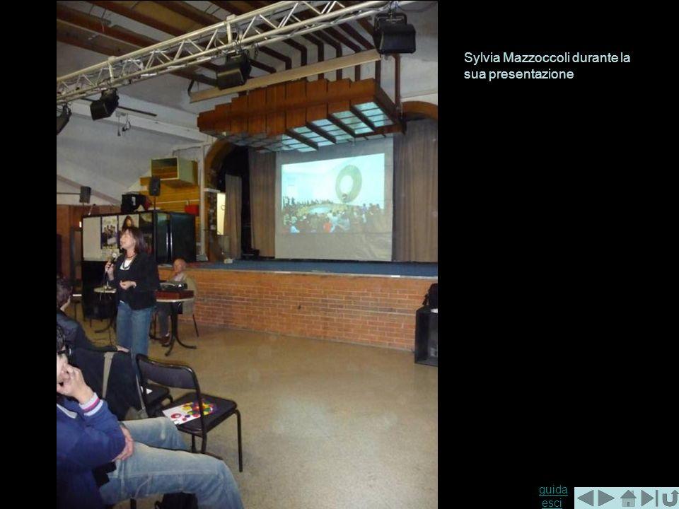 Sylvia Mazzoccoli durante la sua presentazione