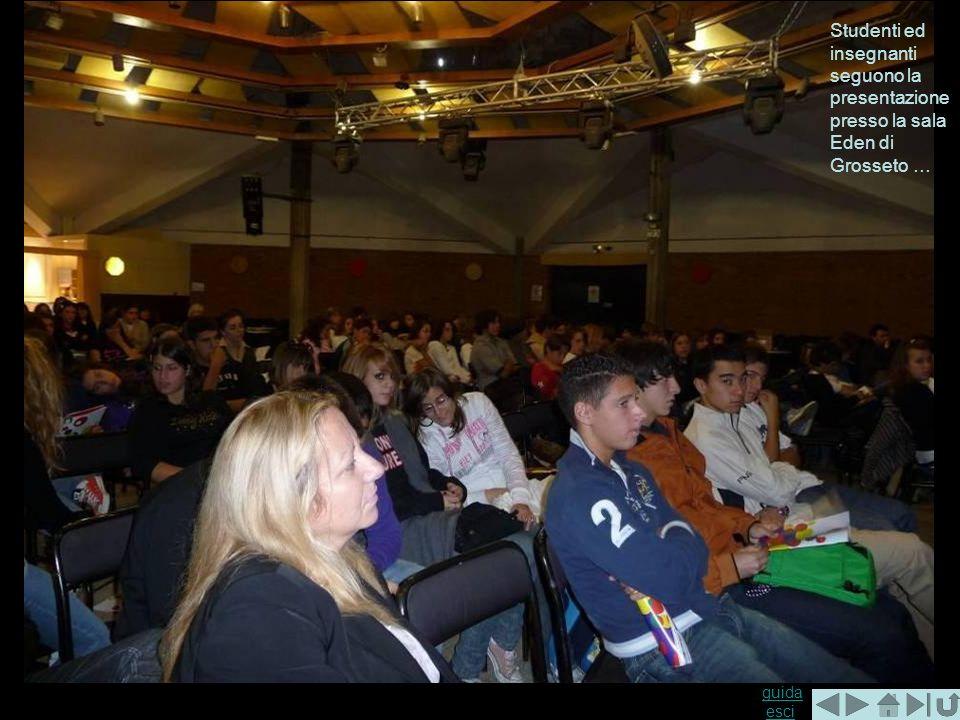 Studenti ed insegnanti seguono la presentazione presso la sala Eden di Grosseto …
