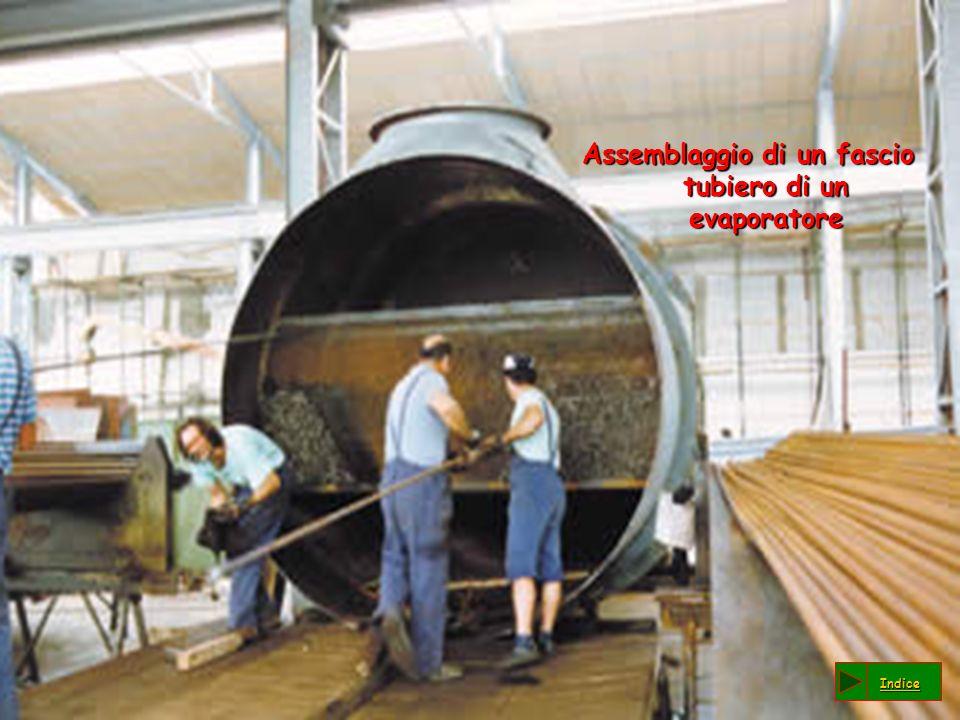 Assemblaggio di un fascio tubiero di un evaporatore